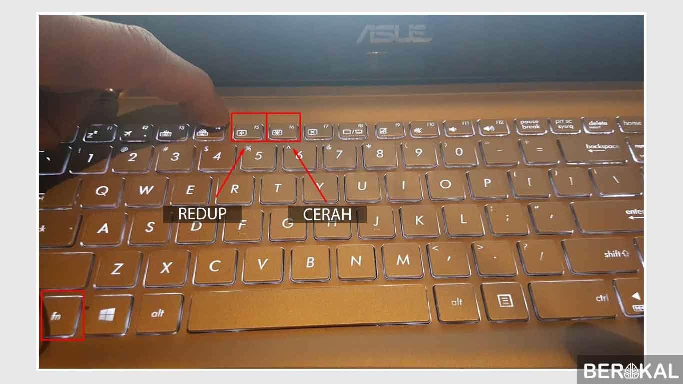 cara meredupkan layar komputer menggunakan keyboard