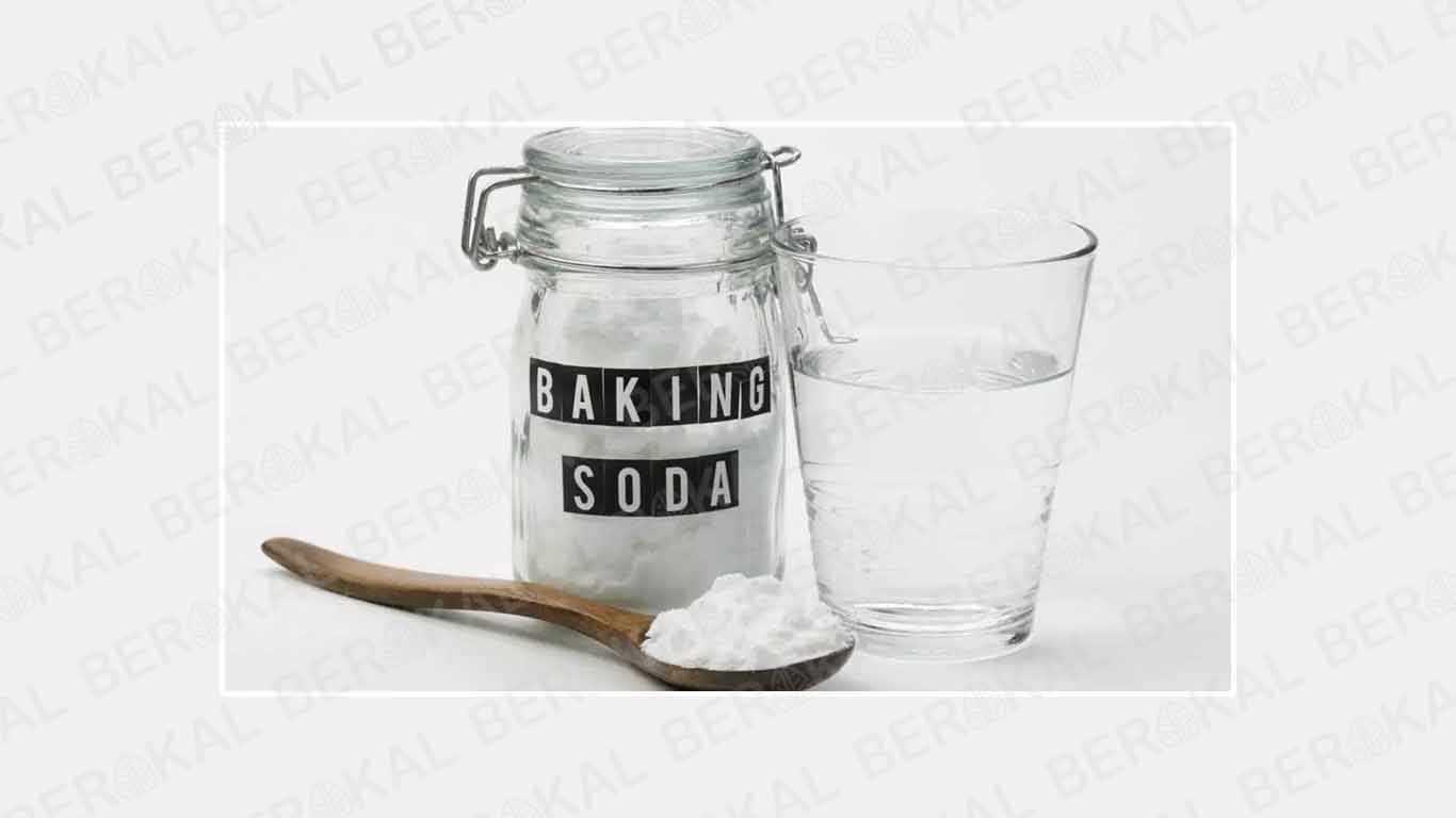 membersihkan casing hp dengan baking soda