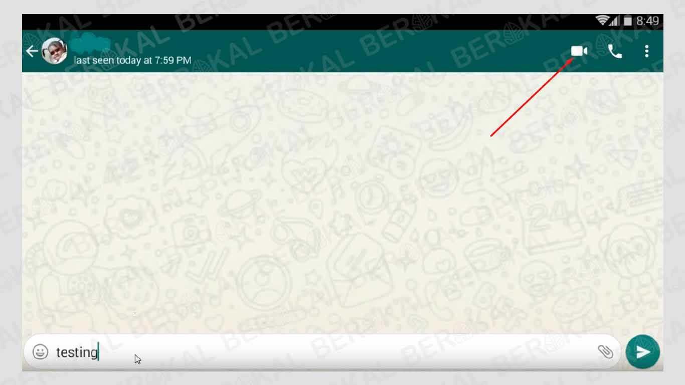 panggilan video whatsapp melalui laptop